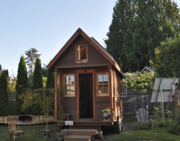 Tiny Homes Real Deal 2 - Coffee With Candis Carmichael